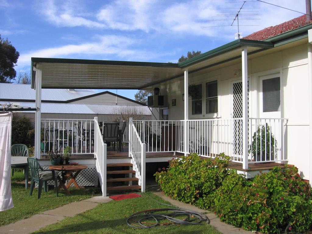 Ouback Flat/Deck/Balustrading